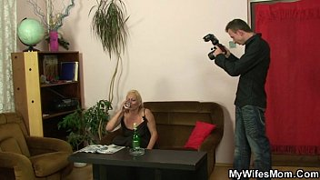 Girlfriend finds her old mother rides his dick